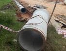 Ống bê tông nặng hơn 1 tấn rơi khiến công nhân tử vong