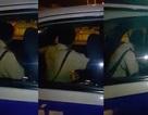 """Cảnh sát giao thông TPHCM lên tiếng vụ cán bộ va chạm với dân rồi """"cố thủ"""" trong xe"""