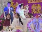 Clip học trò nhí hát múa đáng yêu trong đám cưới cô giáo