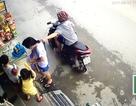 Đối tượng cướp giật dây chuyền bị camera ghi hình sa lưới