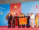 Đại học Y Dược Huế nhận cờ thi đua xuất sắc của Chính phủ
