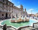 Phạt nặng du khách tắm giặt, khỏa thân tại các đài phun nước cổ ở Rome