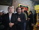 Dàn nghệ sỹ gạo cội thẫn thờ đến tiễn biệt nghệ sỹ Hoàng Thắng