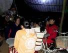 Dân tiếp tục thức đêm ra đường chặn xe chở rác