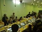 Gần 100 cảnh sát bao vây tụ điểm đánh bạc