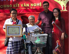 Nữ sinh có điểm thi lớp 10 cao nhất TPHCM: Học trường nghèo, gia đình khó
