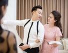 MC Thành Trung đưa vợ 9x đi chọn váy cưới