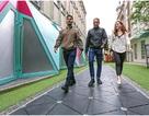 Phố đi bộ biến bước chân thành điện năng ở Anh