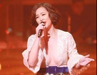 Diva U50 của Trung Quốc gây sốc khi mặc gợi cảm trên sóng truyền hình