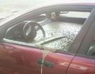 Chồng trút giận bằng cách đổ đầy bê tông vào... xe hơi của vợ