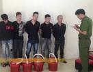 Bắt giữ 5 thanh niên xăm trổ mang dầu luyn pha mắm tôm đi… đòi nợ
