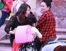 Bộ trưởng Phùng Xuân Nhạ biểu dương tập thể giáo viên ra tận cổng trường đón học sinh