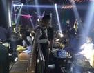 Cảnh sát đồng loạt kiểm tra nhiều quán bar ở trung tâm Sài Gòn