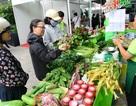 TPHCM: Nguồn cung thực phẩm dồi dào, giá bán giảm trong dịp Tết