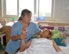 Cứu bệnh nhân bị xe tải 10 tấn cán qua người tại bệnh viện huyện