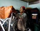 Người đàn ông 40 năm sửa xích lô ở Sài Gòn