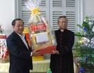 Cần Thơ: Lãnh đạo Thành ủy, Ủy ban tặng quà chúc mừng lễ giáng sinh