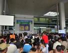 Kiều bào về quê ăn Tết, sân bay Tân Sơn Nhất ken cứng người