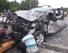 Gặp tai nạn nát bét đầu xe khi đang chở vợ con đi khám bệnh