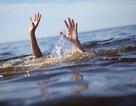 Ba học sinh ngã xuống sông Cầu tử vong