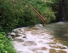 Phát hiện doanh nghiệp chôn ống ngầm xả thải ra sông