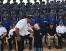 Cảnh sát Mỹ giúp bé trai mắc bệnh hiếm thực hiện ước mơ