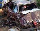 Ô tô nát bươm sau tai nạn, 6 người nguy kịch