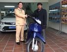 Bất ngờ nhận lại xe máy bị mất cắp, cụ ông xúc động viết thư cảm ơn các chiến sỹ CSGT