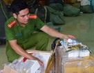 Thừa Thiên Huế: Liên tiếp bắt nhiều xe chở mỹ phẩm lậu cực lớn