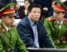 Hai cựu Chủ tịch ngân hàng Hà Văn Thắm, Phạm Công Danh cùng hầu toà