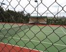 Doanh nghiệp góp tiền làm sân tennis để... lãnh đạo xã chơi?
