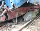 Sạt lở đá bất ngờ khiến tàu hỏa trật bánh