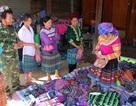 Phiên chợ Tết của người Mông trên cao nguyên Đắk Nông