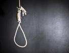 Nghi án chồng dùng dao đâm chết vợ rồi treo cổ tự sát