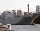 """Hai tàu chiến """"khủng"""" trị giá 3 tỷ USD của Australia gặp sự cố liên tiếp"""