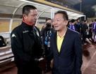 Hà Nội FC chạm tay vào cúp vô địch V-League, bầu Hiển chưa vội mừng