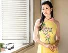 Hoa hậu Du lịch quốc tế đẹp tinh khôi với áo dài mừng lễ 30/4