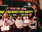 Quảng Trị: Trao 100 suất học bổng đến học sinh nghèo hiếu học