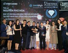 Bác sĩ Việt đầu tiên được trao danh hiệu Kim Cương-Invisalign
