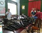 """Phát hiện """"kho"""" vũ khí sát thương cao ở Sài Gòn"""