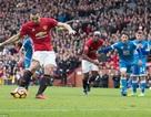 Ibrahimovic đá hỏng phạt đền, MU chia điểm với Bournemouth