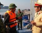 Tàu du lịch bị chìm, 31 khách Trung Quốc được cứu hộ an toàn