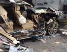 """Xe Lexus """"nát bươm"""" trên cao tốc Nội Bài - Lào Cai, 3 người bị thương"""