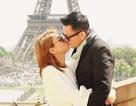Thanh Thảo tình tứ hôn bạn trai dưới tháp Eiffel