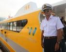 Cận cảnh tàu buýt đầu tiên của Sài Gòn vừa hạ thủy