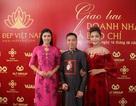 Lần đầu tiên áo dài dát vàng Việt Nam sẽ trình diễn ở Mỹ