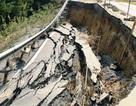 Sụt lún chưa từng thấy trên quốc lộ gần 100 triệu USD