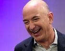 Tỷ phú Jeff Bezos vượt Bill Gates, trở thành người giàu nhất thế giới