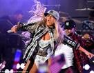 Jennifer Lopez bốc lửa trên sân khấu với váy ngắn và vũ đạo sexy