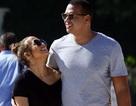 Jennifer Lopez hạnh phúc bên bồ trẻ